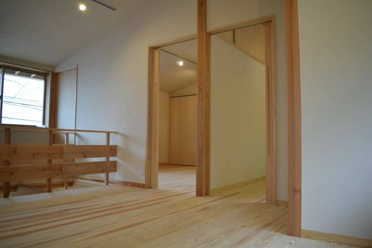 中須の家画像42